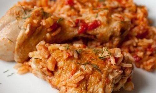 Запеченная курица с рисом и фасолью